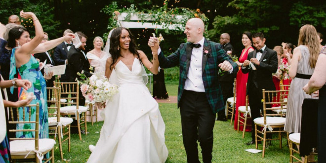 A Relaxed Summer Wedding at Foxfire Mountain House in the Catskill Mountains