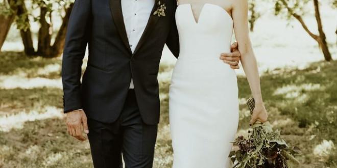 A Late Summer Wedding at a California Apple Farm