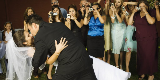 Photographer Pens Open Letter to a Wedding Guest Who Ruined Her Shot With a Phone