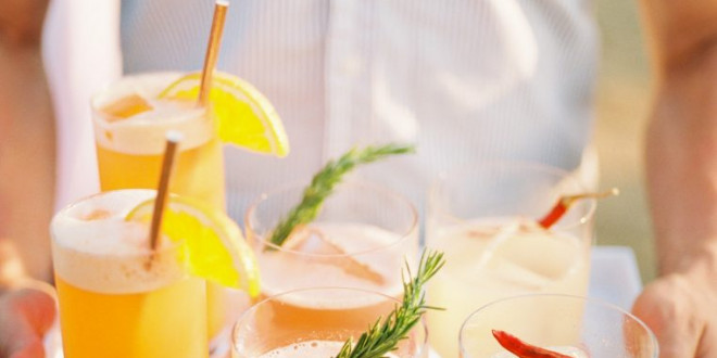 10 Gorgeous Gin Cocktail Recipes to Serve at a Summer Wedding