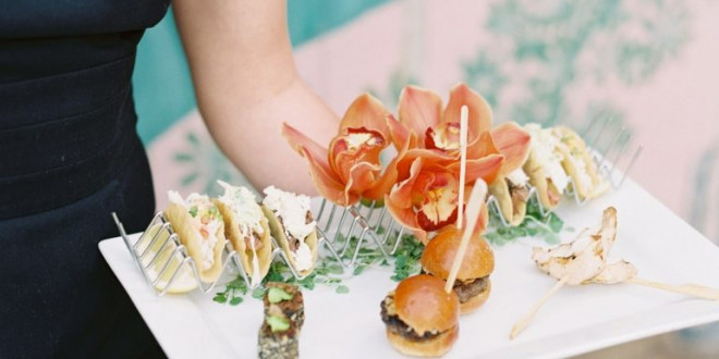 11 Mouth-Watering Wedding Menu Ideas for a Summer Wedding